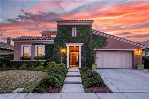 Photo of 15135 La Alameda DR, MORGAN HILL, CA 95037 (MLS # ML81825883)