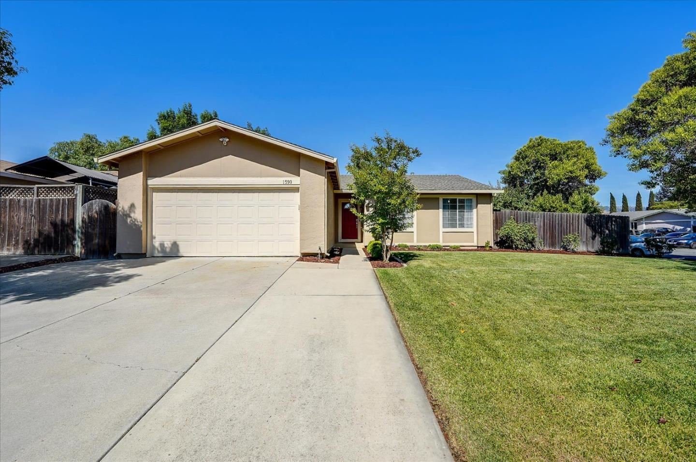 Photo for 1590 Almond Way, MORGAN HILL, CA 95037 (MLS # ML81846884)