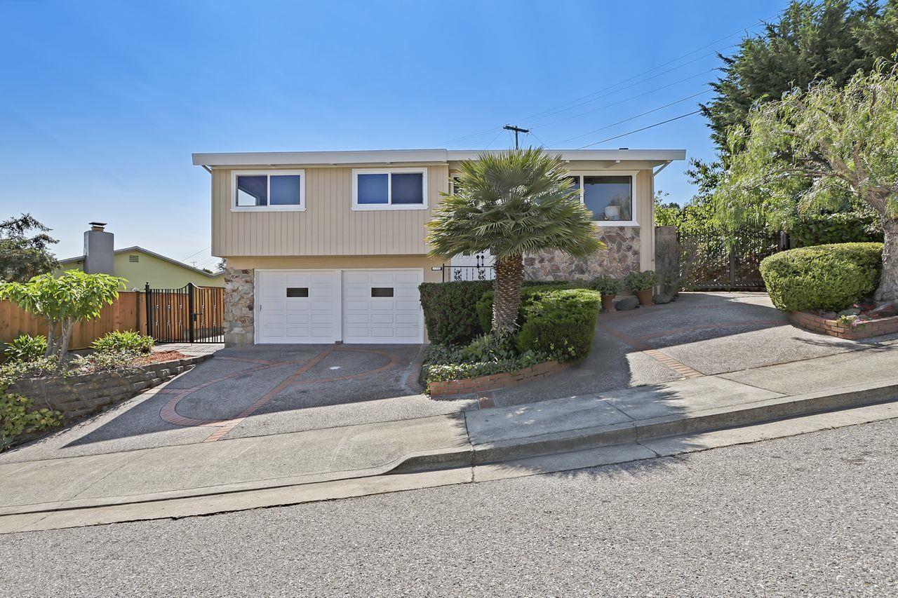 Photo for 1069 Crestview Drive, MILLBRAE, CA 94030 (MLS # ML81863885)