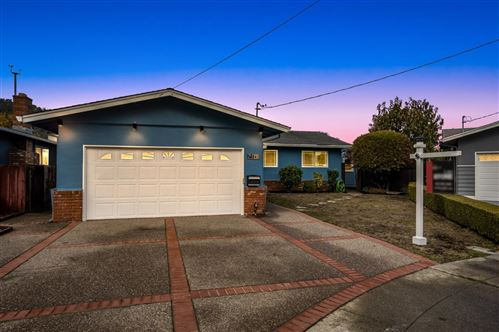 Photo of 841 Lisa CT, PACIFICA, CA 94044 (MLS # ML81820892)