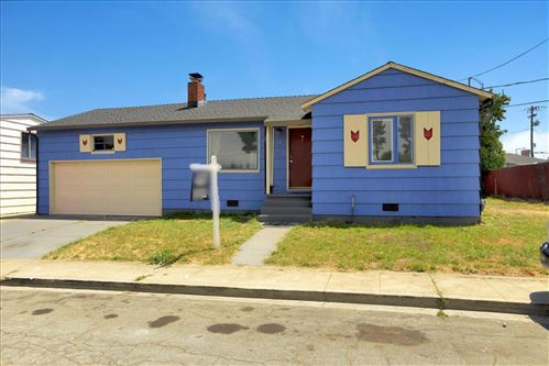 Photo of 41 Bayshore Circle, SAN BRUNO, CA 94066 (MLS # ML81847893)
