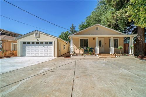 Photo of 13255 Lincoln AVE, SAN MARTIN, CA 95046 (MLS # ML81768894)