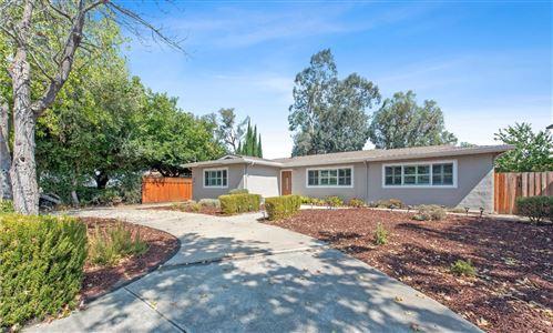 Photo of 14370 Oka LN, LOS GATOS, CA 95032 (MLS # ML81809894)