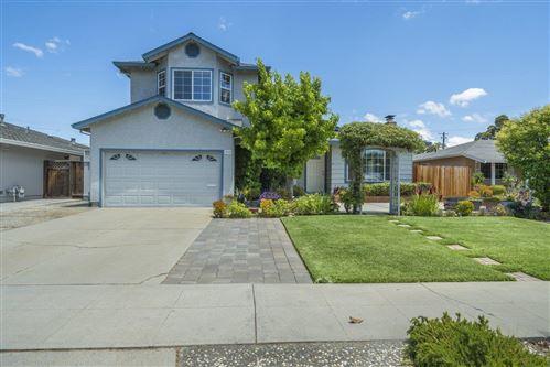 Photo of 848 Loyalton Drive, CAMPBELL, CA 95008 (MLS # ML81848894)