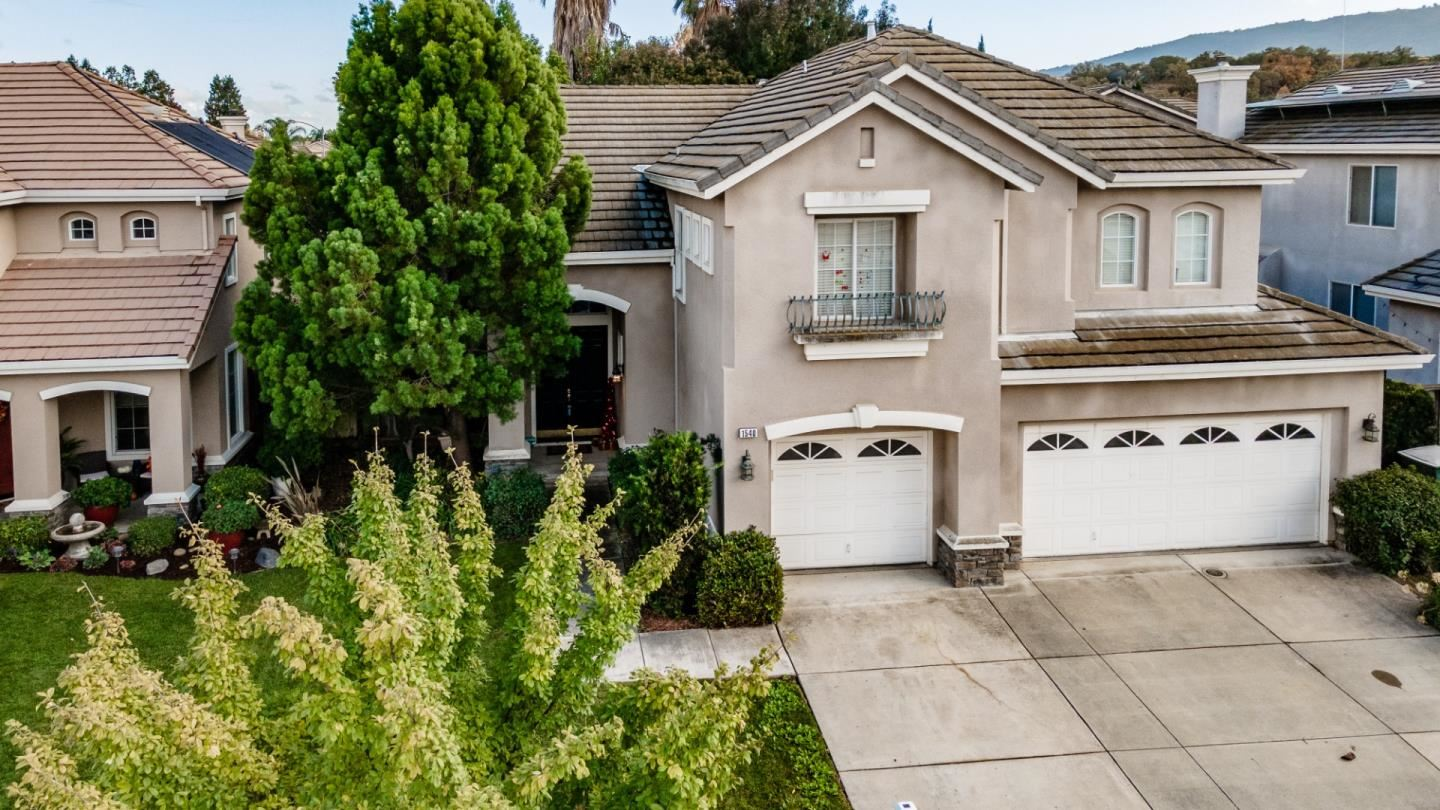 Photo for 1540 Peregrine DR, GILROY, CA 95020 (MLS # ML81820895)