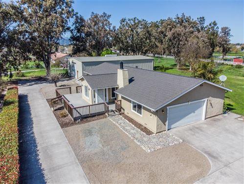 Photo of 15125 Center AVE, SAN MARTIN, CA 95046 (MLS # ML81835901)
