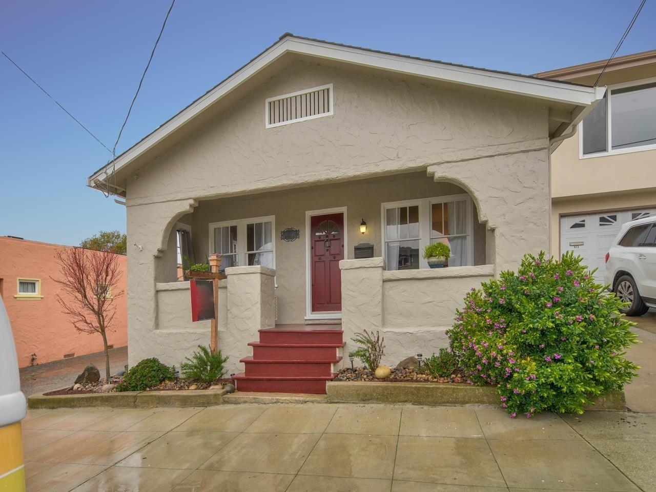 Photo for 967 Roosevelt ST, MONTEREY, CA 93940 (MLS # ML81834901)