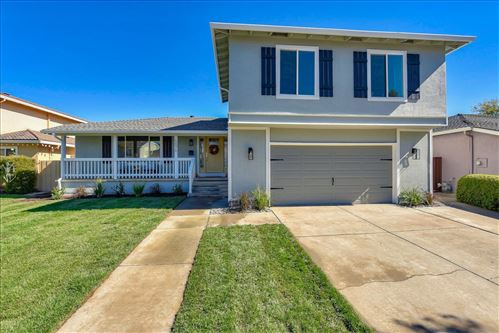 Photo of 5076 Glouchester CT, SAN JOSE, CA 95136 (MLS # ML81815902)