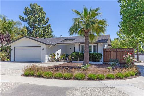 Photo of 304 Grandpark Circle, SAN JOSE, CA 95136 (MLS # ML81842903)