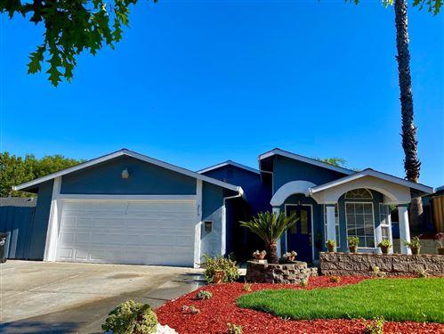 Photo of 2015 Cranworth Circle, SAN JOSE, CA 95121 (MLS # ML81851903)