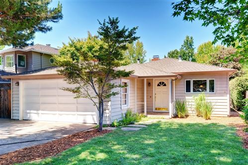 Photo of 364 Hedge RD, MENLO PARK, CA 94025 (MLS # ML81801906)