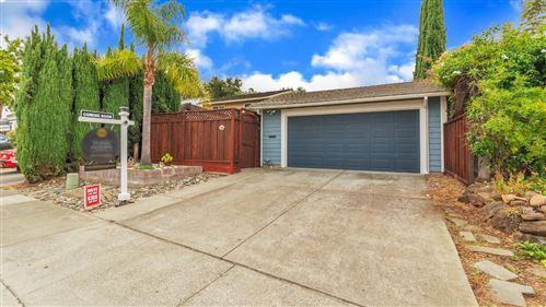 Photo of 1652 Tawnygate WAY, SAN JOSE, CA 95124 (MLS # ML81809906)