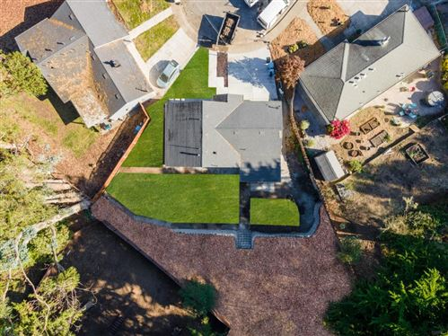 Photo of 12 Hibbert CT, PACIFICA, CA 94044 (MLS # ML81816906)