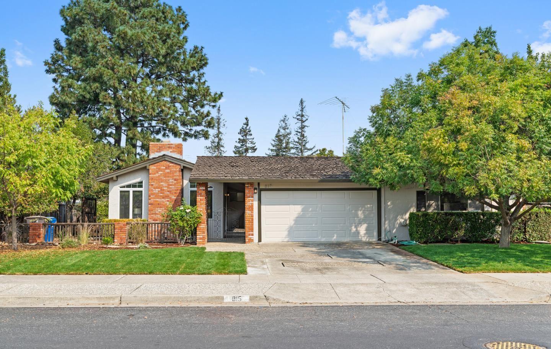 Photo for 815 Lilac WAY, LOS GATOS, CA 95032 (MLS # ML81814906)