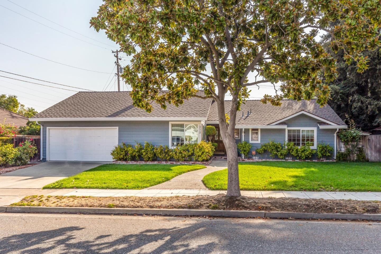 Photo for 232 Danville Drive, LOS GATOS, CA 95032 (MLS # ML81861906)