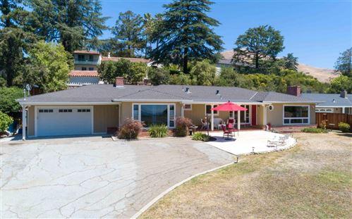 Photo of 11041 Chula Vista AVE, SAN JOSE, CA 95127 (MLS # ML81798907)