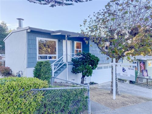 Photo of 266 Hillside DR, PACIFICA, CA 94044 (MLS # ML81820910)