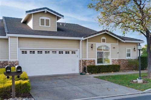 Photo of 9046 Village View LOOP, SAN JOSE, CA 95135 (MLS # ML81826912)
