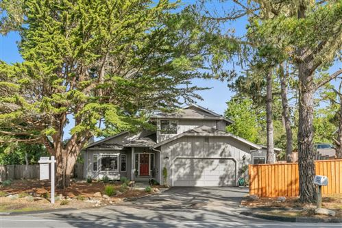 Photo of 3017 Lopez RD, PEBBLE BEACH, CA 93953 (MLS # ML81829912)