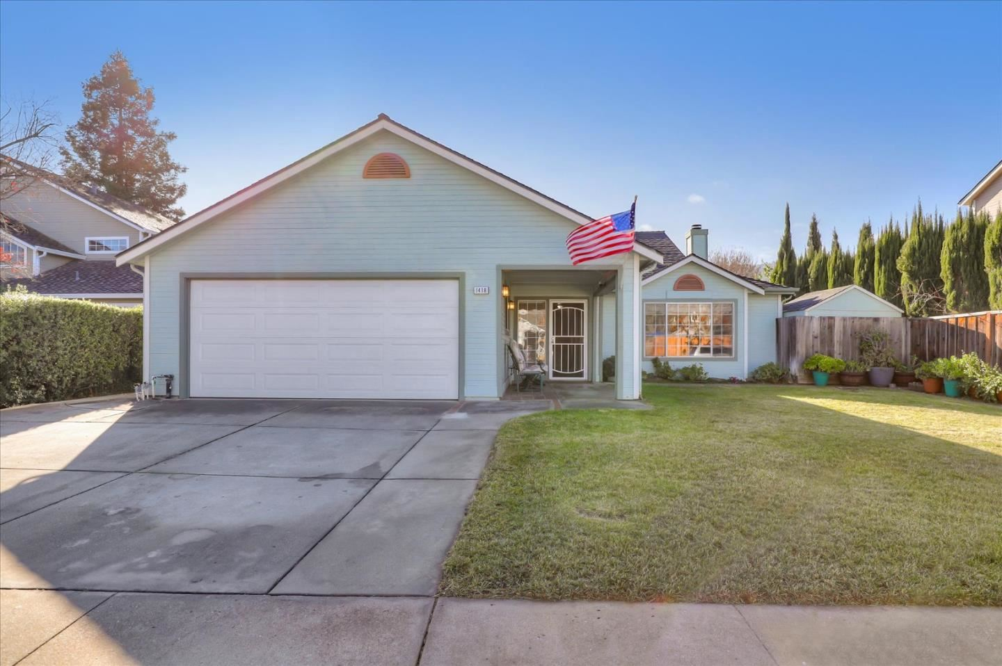 Photo for 1418 Lodgepole CT, GILROY, CA 95020 (MLS # ML81823912)