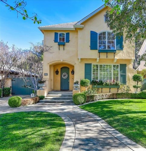 Photo of 123 Loma Alta AVE, LOS GATOS, CA 95030 (MLS # ML81784917)