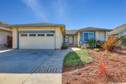 Photo of 5648 Silver Leaf RD, SAN JOSE, CA 95138 (MLS # ML81782918)