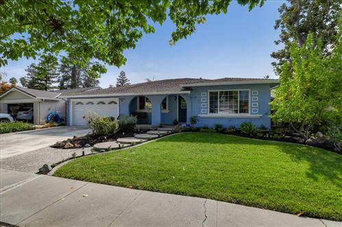 Photo of 567 Churchill Park DR, SAN JOSE, CA 95136 (MLS # ML81811920)