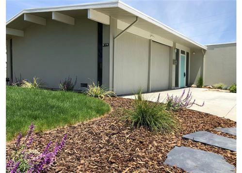 Photo of 916 Brookgrove Lane, CUPERTINO, CA 95014 (MLS # ML81842920)