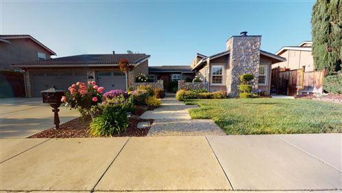 Photo of 1039 Woodview Place, SAN JOSE, CA 95120 (MLS # ML81852920)