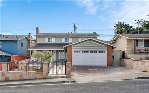 Photo of 2266 Kenry WAY, SOUTH SAN FRANCISCO, CA 94080 (MLS # ML81806921)