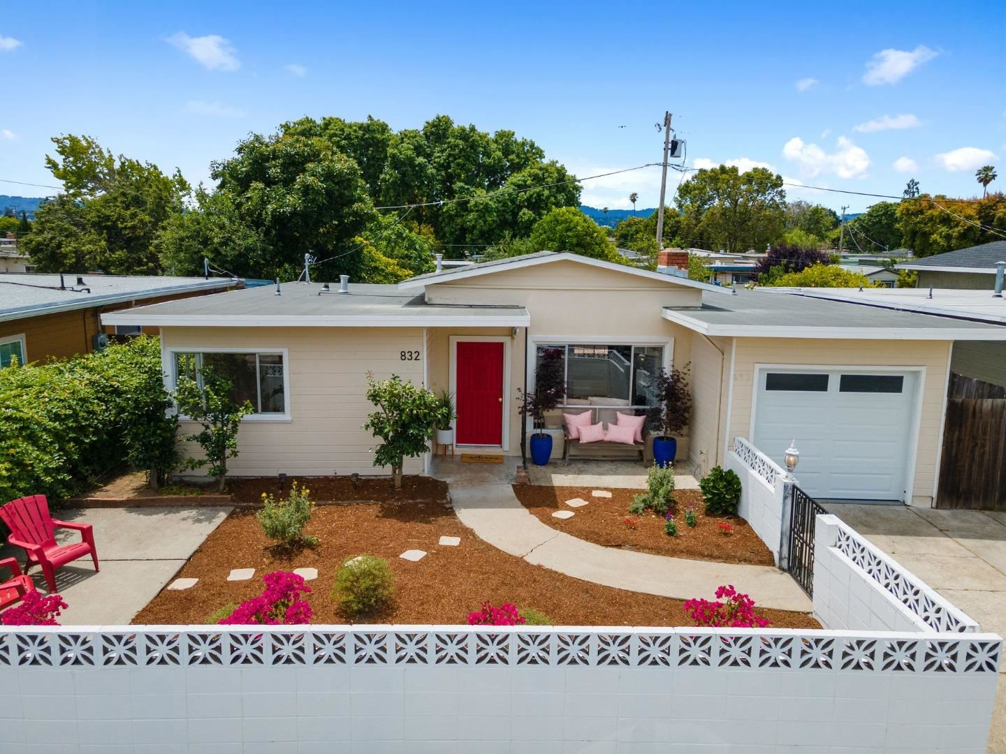 Photo for 832 Fallon AVE, SAN MATEO, CA 94401 (MLS # ML81798921)