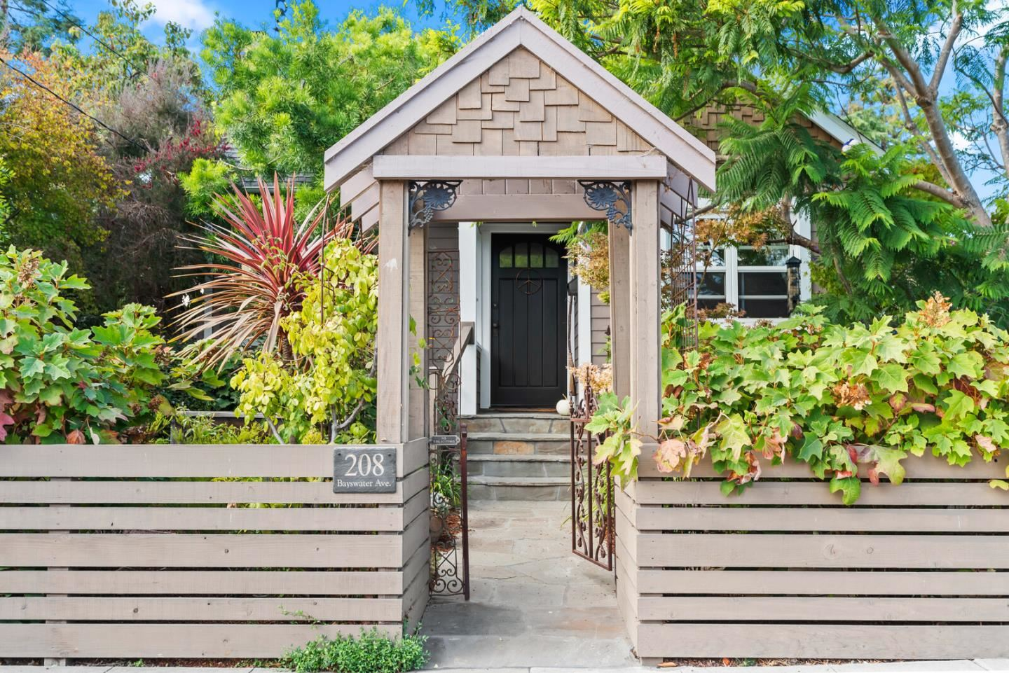 Photo for 208 Bayswater Avenue, BURLINGAME, CA 94010 (MLS # ML81864922)