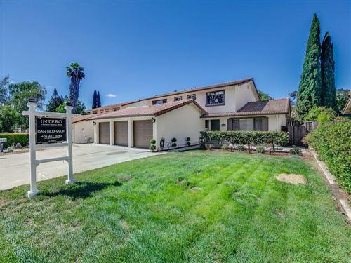 Photo of 15685 La Mesa Court, MORGAN HILL, CA 95037 (MLS # ML81849923)