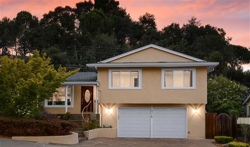 Photo of 3714 Red Oak WAY, REDWOOD CITY, CA 94061 (MLS # ML81800924)
