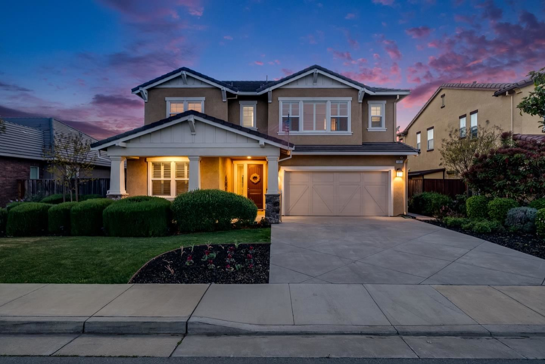 Photo for 683 San Gabriel AVE, MORGAN HILL, CA 95037 (MLS # ML81838924)