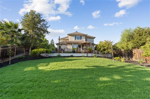 Photo of 496 Summit DR, REDWOOD CITY, CA 94062 (MLS # ML81811926)