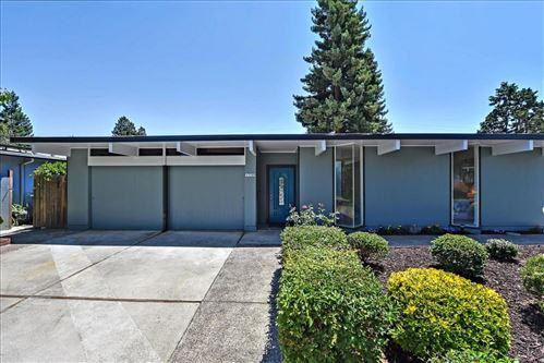 Photo of 1720 Hudson Drive, SAN JOSE, CA 95124 (MLS # ML81853927)