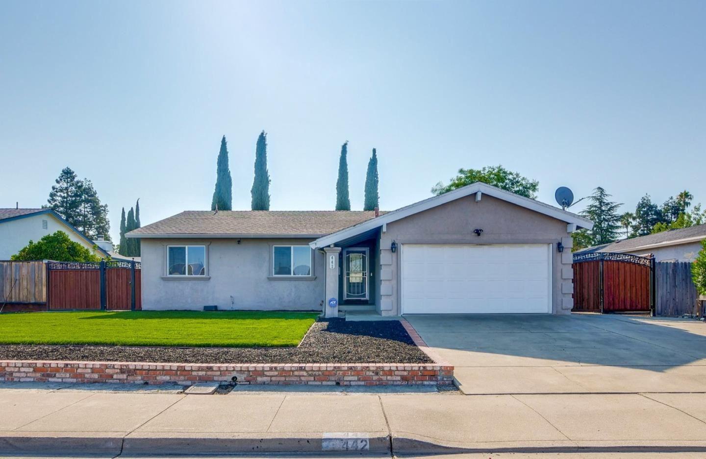 Photo for 442 Covellite LN, LIVERMORE, CA 94550 (MLS # ML81803927)