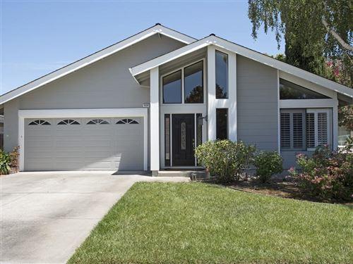 Photo of 4224 Ranwick CT, SAN JOSE, CA 95118 (MLS # ML81838928)