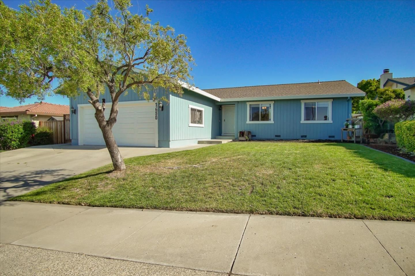 Photo for 1650 Sunset DR, HOLLISTER, CA 95023 (MLS # ML81798929)