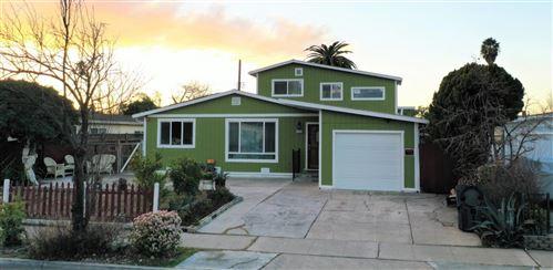 Photo of 823 San Rafael ST, SUNNYVALE, CA 94085 (MLS # ML81830930)