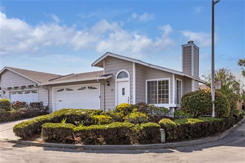 Photo of 2101 Meadow View Place, SAN MATEO, CA 94401 (MLS # ML81867930)