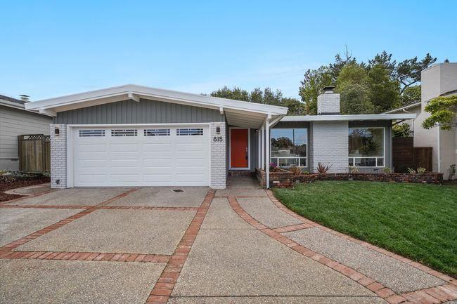 Photo for 815 Banbury LN, MILLBRAE, CA 94030 (MLS # ML81834930)