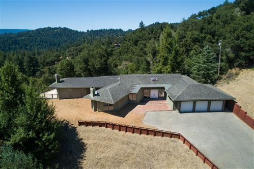 Photo of 22111 Oak Flat RD, LOS GATOS, CA 95033 (MLS # ML81767931)