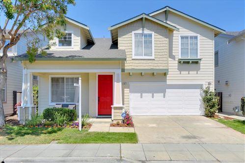 Photo of 917 Oakes Street, EAST PALO ALTO, CA 94303 (MLS # ML81836931)