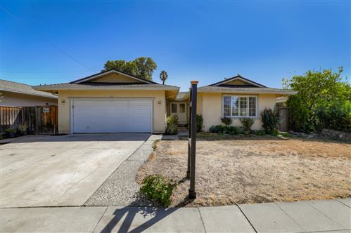 Photo of 5958 Chesbro AVE, SAN JOSE, CA 95123 (MLS # ML81812932)