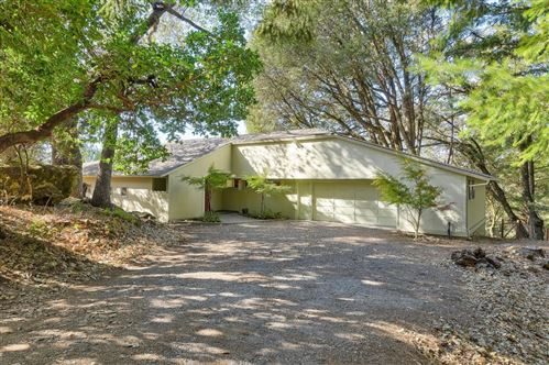 Photo of 20143 Beatty Ridge RD, LOS GATOS, CA 95033 (MLS # ML81775933)