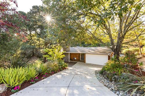 Photo of 20 Prado CT, PORTOLA VALLEY, CA 94028 (MLS # ML81814933)