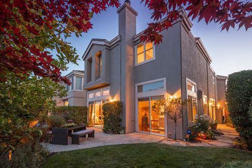 Photo of 908 Corriente Point Drive, Redwood Shores, CA 94065 (MLS # ML81855933)