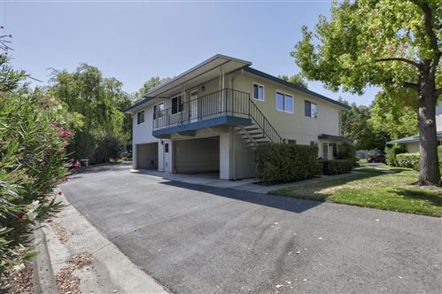 Photo of 285 Gomes Court #4, CAMPBELL, CA 95008 (MLS # ML81862933)